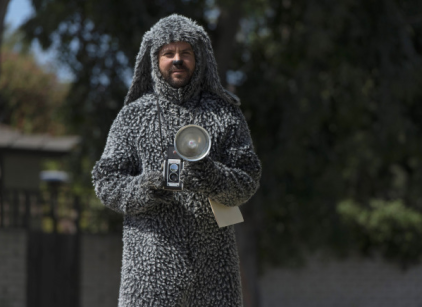 Watch Wilfred Season 3 Episode 7 Online