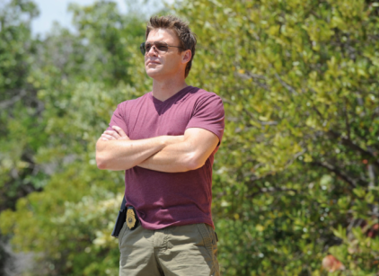 Watch The Glades Season 4 Episode 12 Online