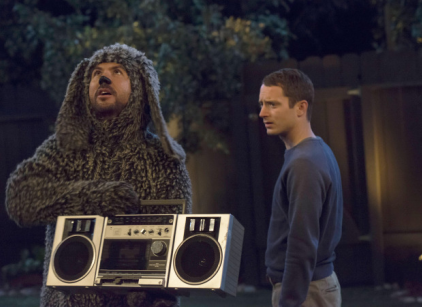 Watch Wilfred Season 3 Episode 11 Online