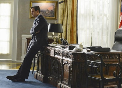 Watch Scandal Season 3 Episode 1 Online