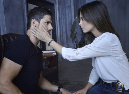 Watch Beauty and the Beast Season 2 Episode 9 Online