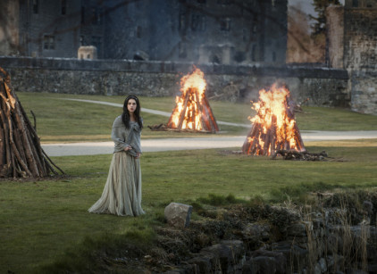 Watch Reign Season 1 Episode 1 Online
