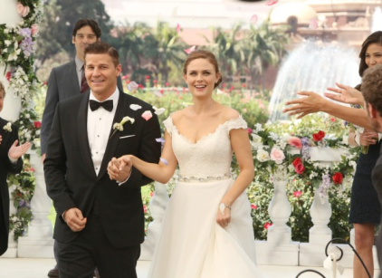 Watch Bones Season 9 Episode 6 Online