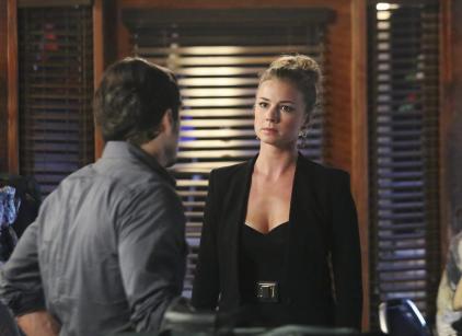 Watch Revenge Season 3 Episode 5 Online