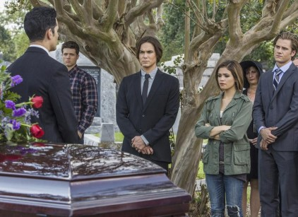 Watch Ravenswood Season 1 Episode 3 Online