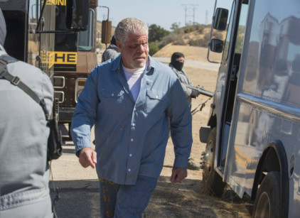 Watch Sons of Anarchy Season 6 Episode 11 Online