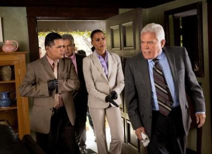 Watch Major Crimes Season 2 Episode 12 Online