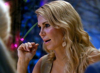 Watch The Real Housewives of Beverly Hills Season 4 Episode 10 Online