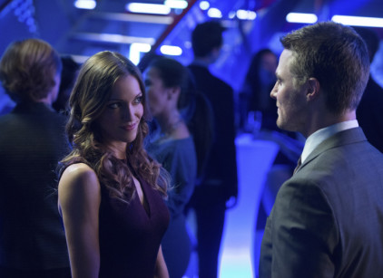 Watch Arrow Season 2 Episode 11 Online
