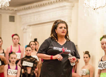 Watch Dance Moms Season 4 Episode 3 Online