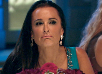Watch The Real Housewives of Beverly Hills Season 4 Episode 15 Online