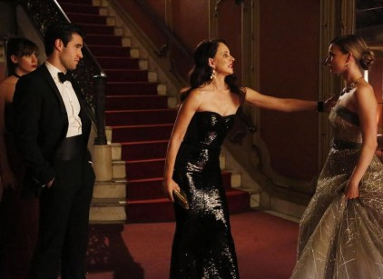 Watch Revenge Season 3 Episode 16 Online