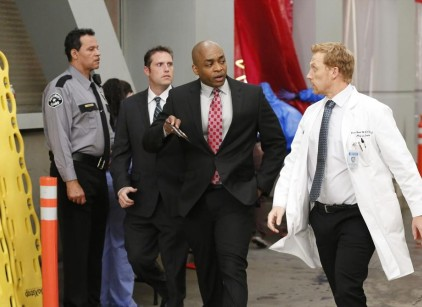Watch Grey's Anatomy Season 10 Episode 24 Online