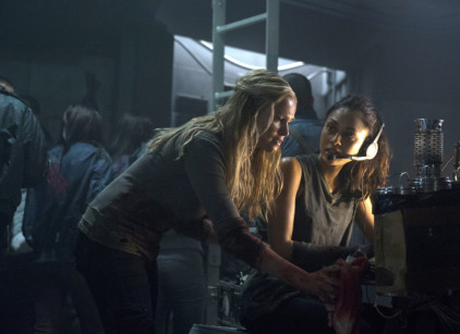 Watch The 100 Season 1 Episode 7 Online