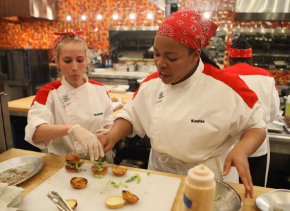 Watch Hell's Kitchen Season 12 Episode 10 Online