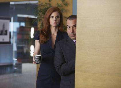 Watch Suits Season 4 Episode 3 Online