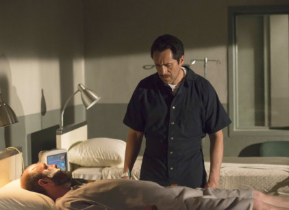 Watch The Bridge Season 2 Episode 5 Online