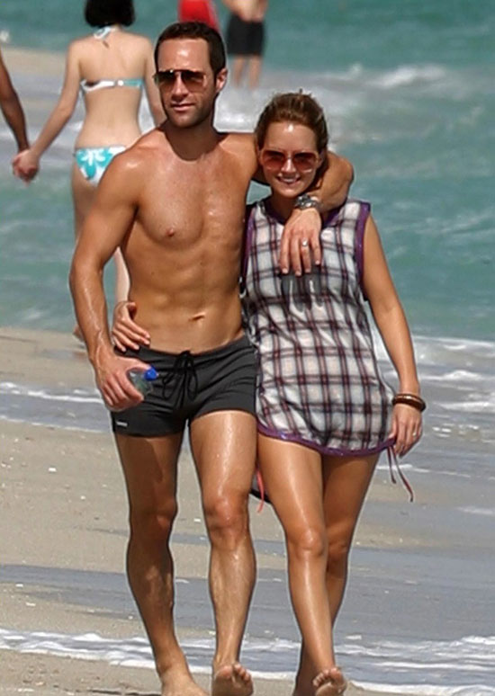 Newton and Diamantopoulos on the Beach