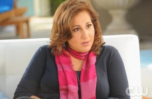 Kathy Najimy as Patricia Kingston