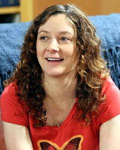 Sara Gilbert as Leslie Winkle