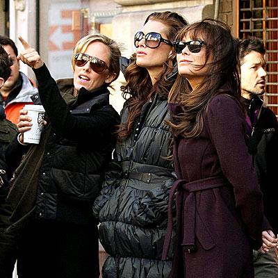 The Ladies of Lipstick Wander