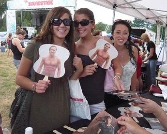 Kyle Lowder Fans