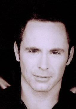 William deVry Image