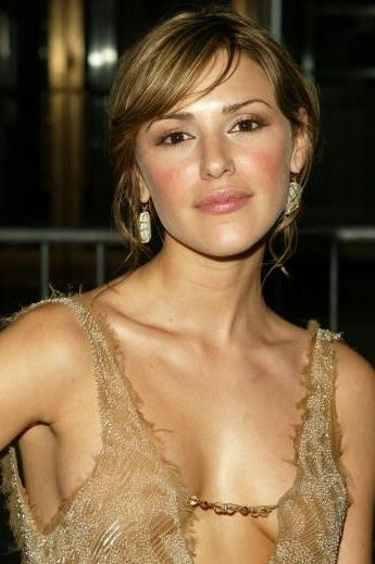 Elizabeth Hendrickson Photo