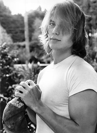 Taylor Kitsch as Riggins