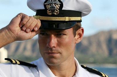 Aye Aye, Lieutenant