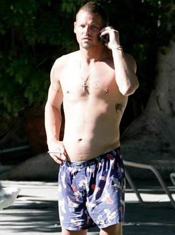 Justin Chambers Shirtless