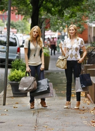 Serena and Lily van der Woodsen