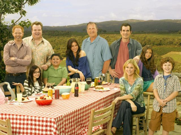 Modern Family Cast Photo