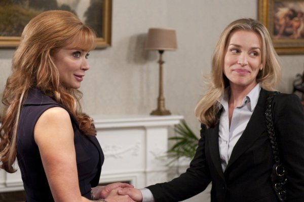 Lauren Holly on Covert Affairs