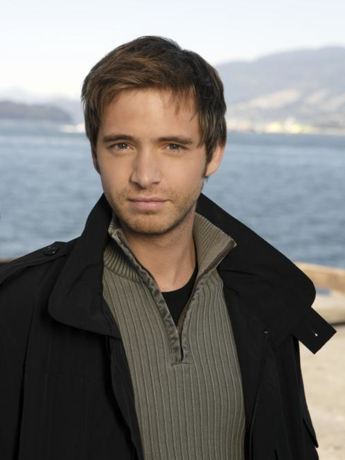 aaron stanford photo  Aaron Stanford