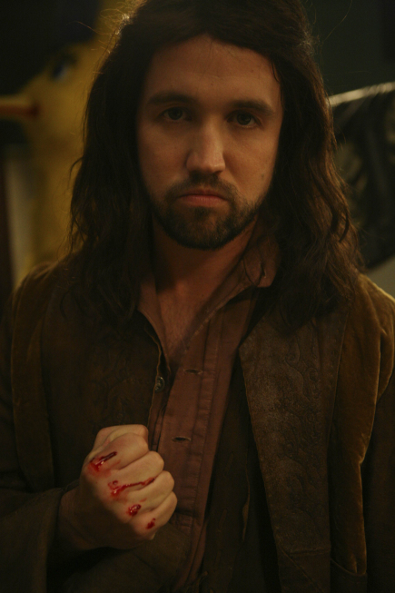 Mac as Viggo