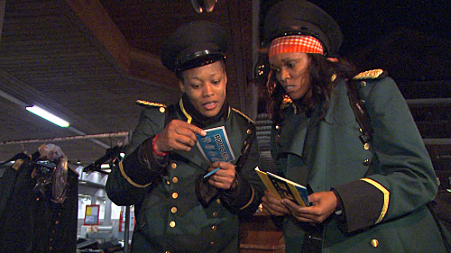 Kisha and Jen Read Their Clue