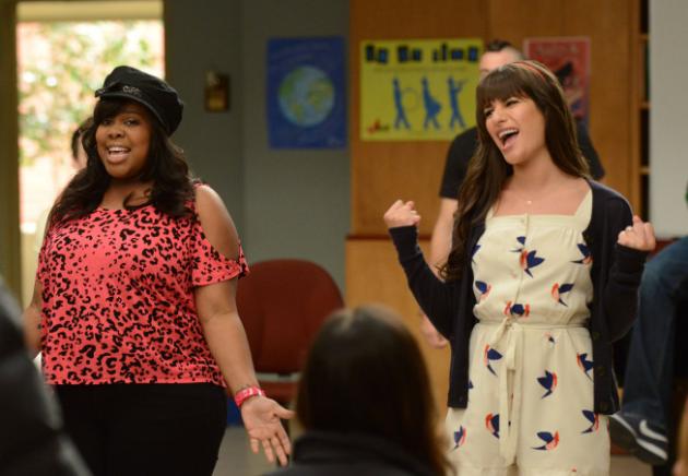 Glee Season Finale Scene