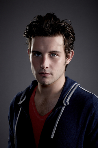 Nico Tortorella on The Following
