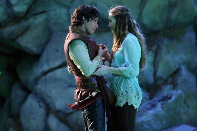 Peter Gadiot And Sophie Lowe In Wonderland