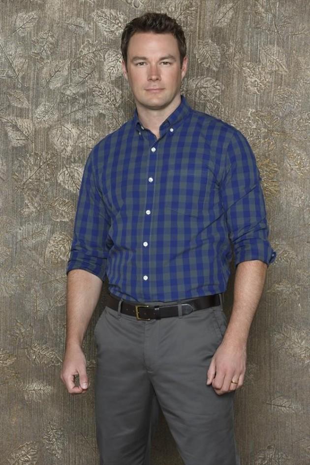 Mark HIldreth as Pastor Tom Hale
