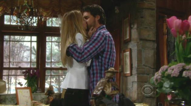 Sharon and Nick Kiss