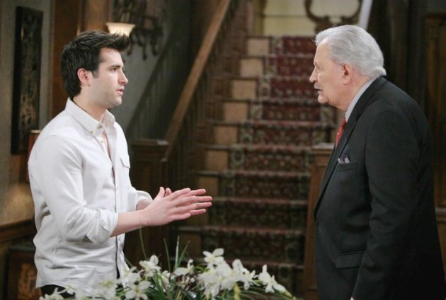 Victor Tries to Help Sonny