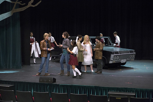 http://images.tvfanatic.com/iu/t_full/v1415173015/the-gangs-all-here-supernatural-s10e5.jpg
