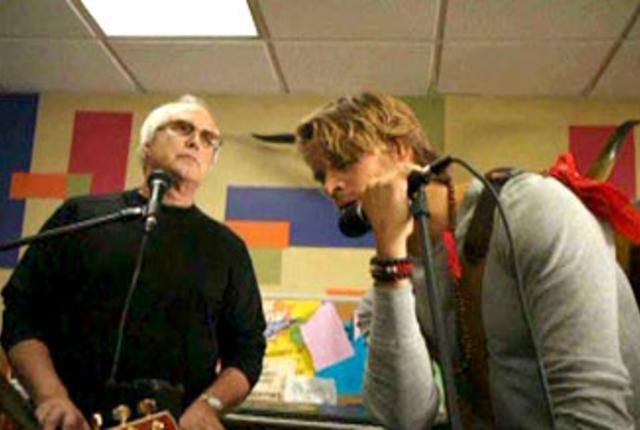 Pierce joins vaughns band