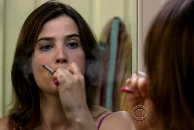 Robin-smokes-brushes