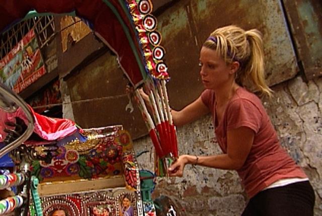 Jill builds a rickshaw