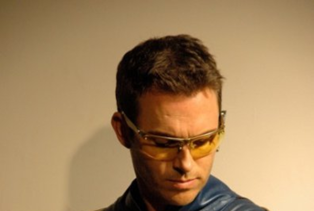 Booster gold photo