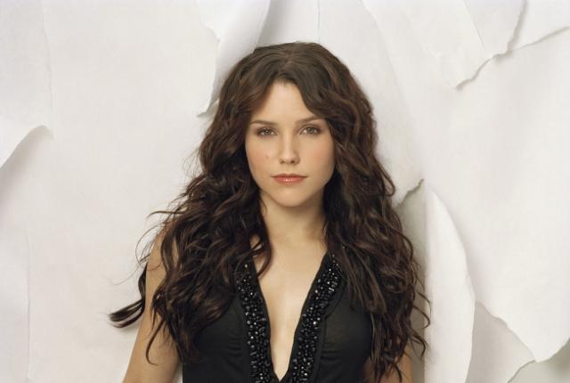 Sophia bush promo image