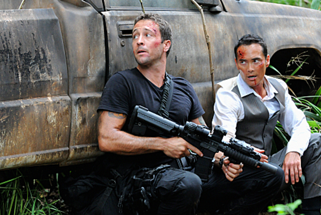 Mcgarrett and wo fat under fire